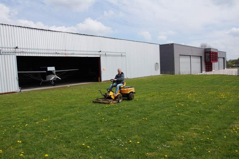 Flugschule Kindel Eisenach Hangar